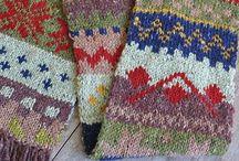 Knitting (cowls & scarfs)