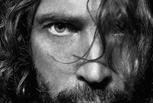 CHRIS-Tening / Chris Cornell is GOD. / by Giada Prosperi