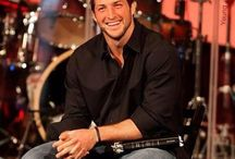 """Be still my ❤️... / Yeah...I may have a """"slight"""" crush on one, Mr. Timothy Richard Tebow!  Lol!  Hate if you must, I'll continue to SWOON!!  ;D / by ⭐️Bells P💋"""