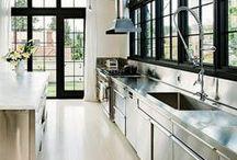 Kitchen Envy / by Lisa Higa