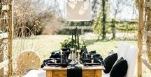 Black Touches / Black to add a sense of formality to your gorgeous wedding.