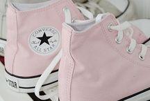 I like shoes! / Schoenen, ik heb er nooit genoeg van.