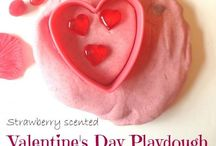 Valentine's Day / Valentine's Day arts, crafts, recipes and activities for babies, toddlers and pre-schoolers.