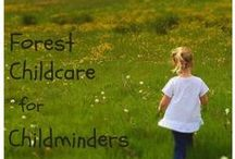 Forest Childcare / Forest Childcare ideas and activities. Fun and easy outdoor nature crafts and ideas for toddlers and preschoolers.