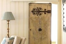 Barn door / I want a door like this for the bathroom in our master bedroom.