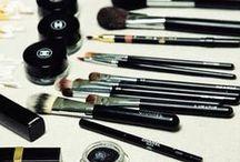 #Hair&Beauty / Vêtements, accessoires, chaussures et la beauté alors ? Tresse, chignon, ongles ou tatouage !