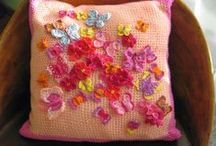 Cosy and Girlish/ Przytulnie i dziewczęco / Lovely and heartmade cushions.