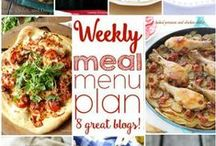 EASY Weekly Meal Plans!! / Easy and Delicious Meal Planning for the busiest people! Great main course, side dish, and dessert options for every situation...all in one place! / by The Cookie Rookie