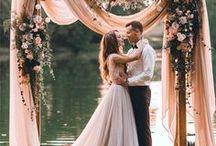 Wedding Day / Future wedding inspiration | dream wedding + bridal dresses + beauty + decor