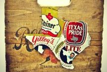 Texas Drinks / In Texas, we take our beer almost as seriously as we do our sports and BBQ.