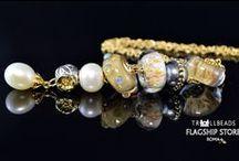 Le Collane. Necklaces. / Collane, Spazio alle Vostre e alle Nostre ispirazioni.