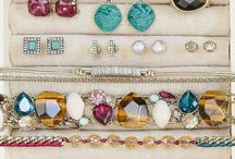 Chloe + Isabel by Jerrica Louchart / Jewelry boutique