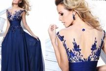 Gowns / Just a bunch of GORGEOUS dresses
