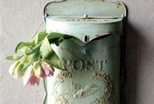 Decor   Vintage Tins