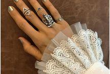 Metallic nail polish and finger rings