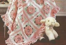 Cobijas de crochet y agujas / Cobijas varias / by Ma Antonieta Padron