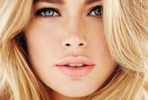 Women ♀ Blondes