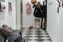 Hallways, entrances & stairs