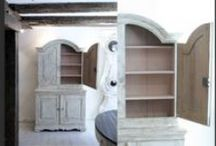 Swedish Painted Furniture / Swedish painted antique commodes, chairs, dining tables, coffee tables, cupboards, Mora clocks