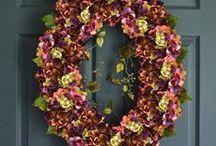 OVAL WREATHS / Oval Wreaths, Front Door Wreaths, Outdoor Wreaths, Home Decor