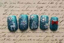 Christmas + Holiday Nail Art by NTMG / Festive nail art for the winter holiday season! Browse the gallery for inspiration or buy nails online at www.nevertoomuchglitter.etsy.com