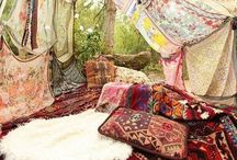 Gypsy themed / Gypsy inspired fashion, home decor / by Christine White