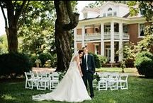 Classic Elegance at Homestead Manor / Timeless style, historic setting, all elegance!  Photos: Kristyn Hogan | Venue: Homestead Manor | Styling: The Bride Room | Hair: Leslie Ellis | Makeup: Meg Boes | Floral: Amanda Jerkins Design