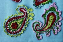 Paisley crochet