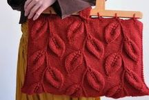 Bags, purses & totes Crochet - Knitted - Felted - Fulled - Woven - / #Knitted & crochet bags and purses #Felted and fulled bags and totes #bag patterns #crocheted bag tutorials and bag design