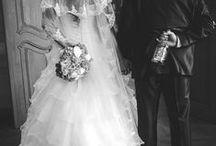 Esküvői fotók - kedvenceink / Madarat tolláról, fotóst... A képeket készítette: Sense Video Studio, az esküvői fotók specialistája  Hasonlóan jól sikerült esküvői fotókat szeretnétek? Weboldalunk: http://www.sensephoto.hu/ Telefon: +36 70 207 14 11