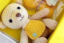 Handmade Baby Gifts / handmade baby gifts, handmade baby clothes, handmade baby cards, handmade baby shower invitations