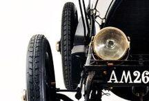 CAR_Classic car
