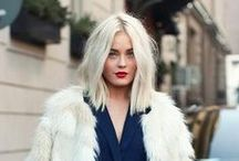 Color Inspiration: Platinum blond / Kijk op www.careforhair.nl voor informatie over onze vestigingen, prijzen en openingstijden.