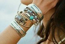 We love accesorizes :)