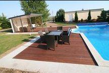 Taras drewniany przy basenie. Realizacja w Polkowicach. / Taras drewniany przy basenie. Realizacja w Polkowicach.