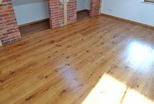 Renowacja podłogi drewnianej.  Realizacja w Nowogrodzie Bobrzańskim. / Renowacja podłogi drewnianej.  Realizacja w Nowogrodzie Bobrzańskim.