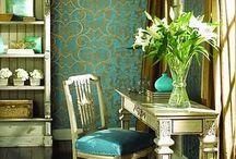 Wall Flower / Wall fashion / by Elizabeth Kite
