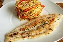 PESCADO BLANCO / El pescado blanco es aquel que es fino, bajo en grasa y tiene un contenido mínimo de calorías. Por norma general, el contenido graso que tienen el pescado blanco no supera el 2% del peso total.