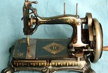 SEW FUN / Beautiful vintage sewing machines and accessories