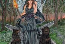 Hecate | Hekate / Greek Goddess of the moon, the crossroads, and witchcraft.