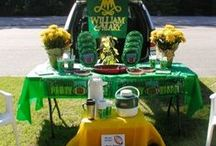 Football and Tailgate Party Decor & Food / Ideas for fun food and decor for your next football or tailgate party