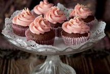 Cupcakes ! / All kinds of cupcakes! Sweet & salty, easy diy recipes, beautiful shapes, yummy frostings and delicious not common ones !