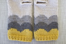 Hands knitting / Tricot mains / by Balaine Laine