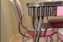 """Vintage table & chairs wanted"" inspiration"