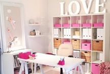 Craft Room / Ideas, tips and DIY furniture to get the craft room of my dreams