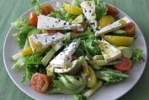 Salaatit / Maistuvimmat lisukkeet ja ruokaisimmat salaatit Kotikokki.netin arkiston kätköistä!