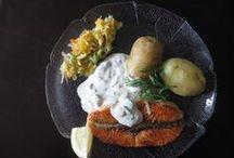Kastikkeet ja dipit / Kotikokki.netin herkullisimmat kastikkeet dipeistä ruokaisiin kastikkeisiin.
