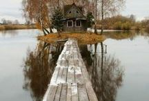 A house by the water, we can but dream...