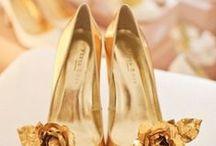 Gold Wedding Ideas / http://weddingskenya.com