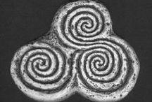 3 Triskele / Triskelion  / Trisquel / Triple Spiral / Celtic Symbol / Keltische Symbolen